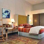 Covor mic cu motive orientale pentru decor modern in dormitor