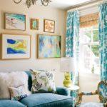 Living amenajat in albastru cu verde