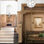 Traversa moderna pentru scara interioara din lemn