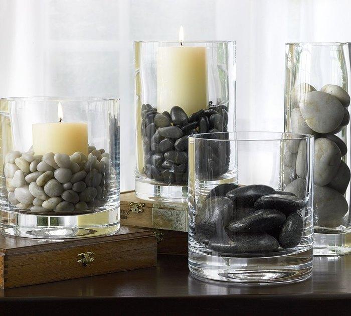 Suporturi pentru lumanari din sticla transparenta si pietre