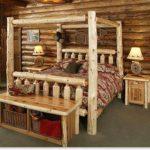 pat din crengi groase de lemn ideal pentru cabana de vacanta
