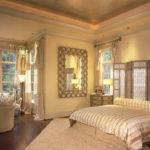 Paravan decorativ folosit ca si tablie pentru pat