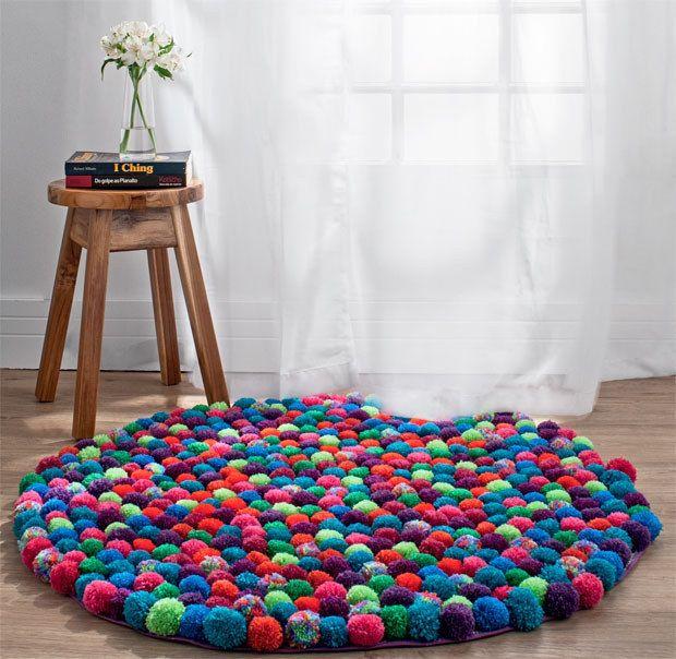 Covor rotund din gheme de tricotaj