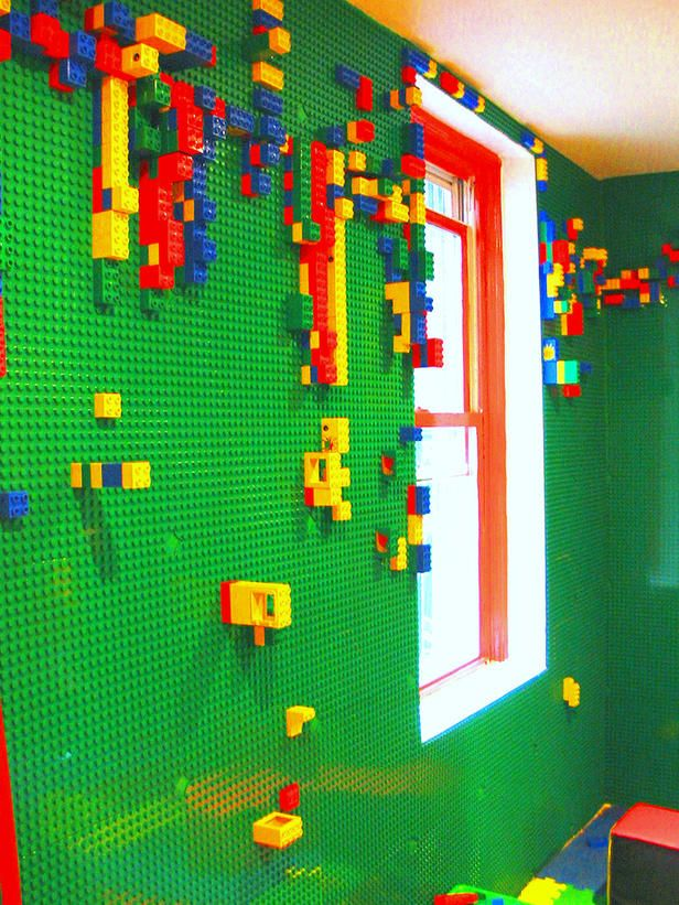perete cu lego