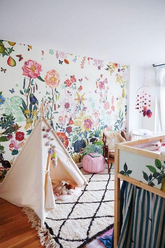 tapet flori camera copil