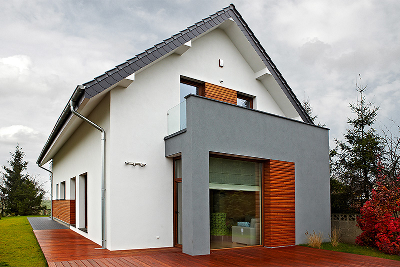 Casa cu mansarda ingusta
