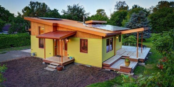 Constructie moderna din lemn