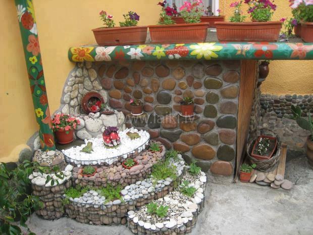 Decoratiune colt gradina