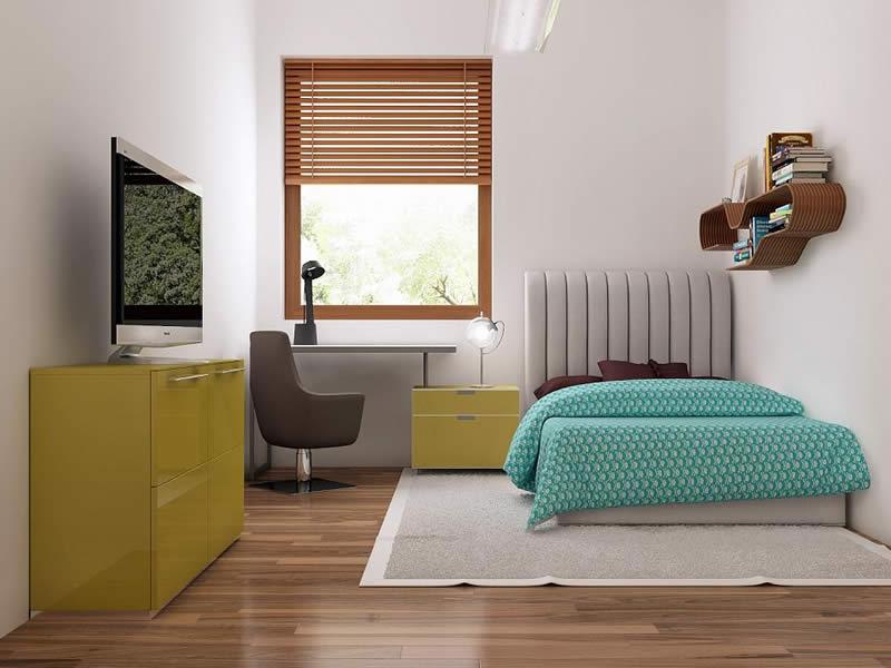 Dormitor cu mobilier galben