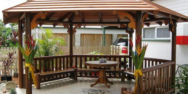 Foisor de lemn elegant