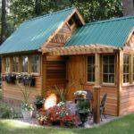 Foisor tip casa de lemn
