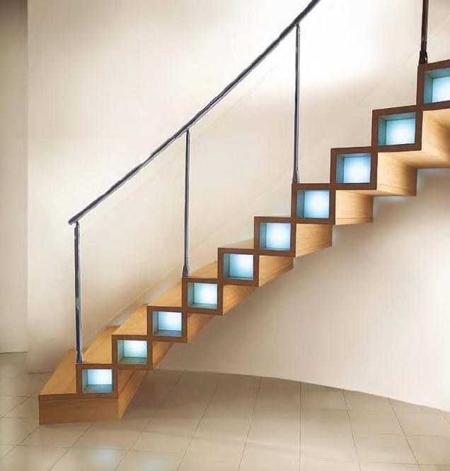 Scara interioara lemn cu lumini