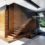 Scara interioara lemn si metal