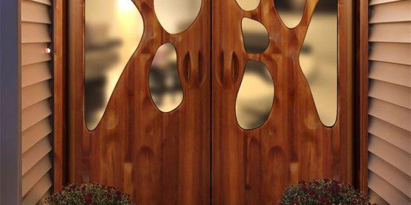 Usa de lemn cu sticla design inovativ
