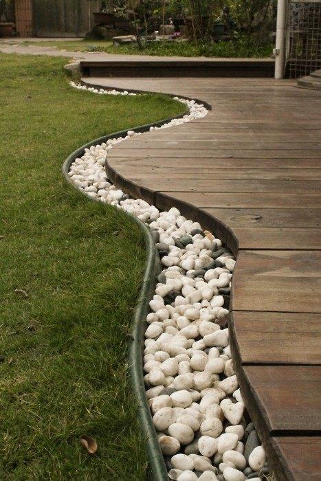 Bordura terasa cu pietre albe