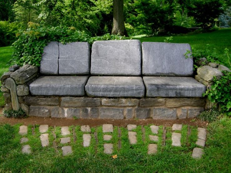 Canapea din piatra naturala