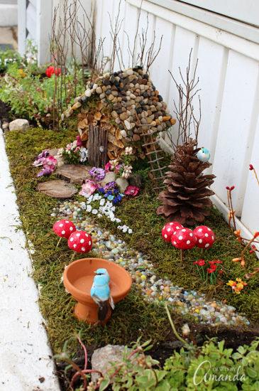 Casuta pitici decoratiune gradina