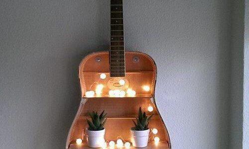 Chitara decorativa cu beculete