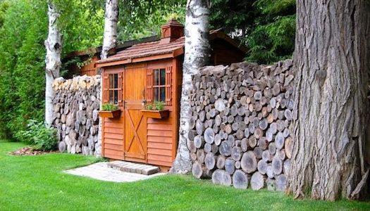Depozitare lemne de foc