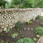 Gard gradina din lemne de foc