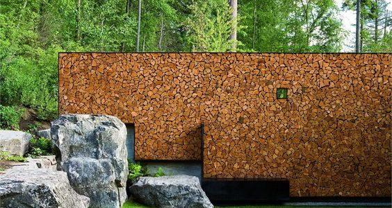 Gard modern din lemne de foc