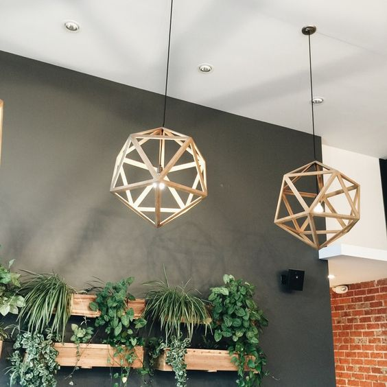 Lampi moderne cu forme geometrice