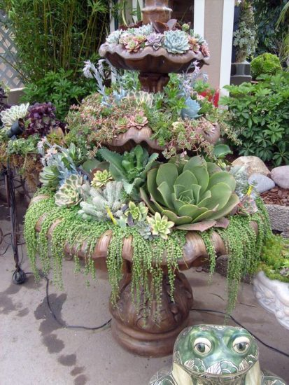 Suport flori din fantana arteziana