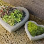 Suport flori din piatra in forma de inima