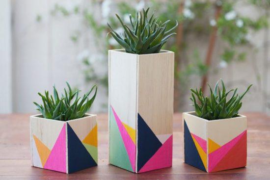 Vase flori decorate cu forme geometrice