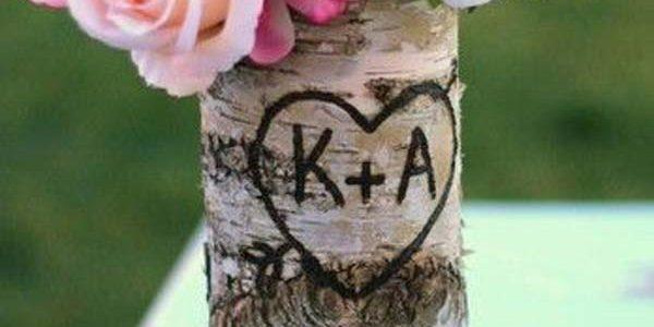 Vaza flori din lemn cu inscriptie