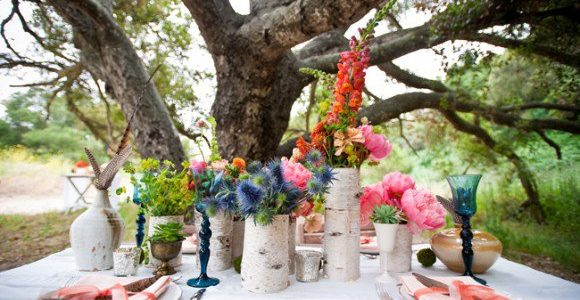 Vaze de flori din trunchiuri de copaci