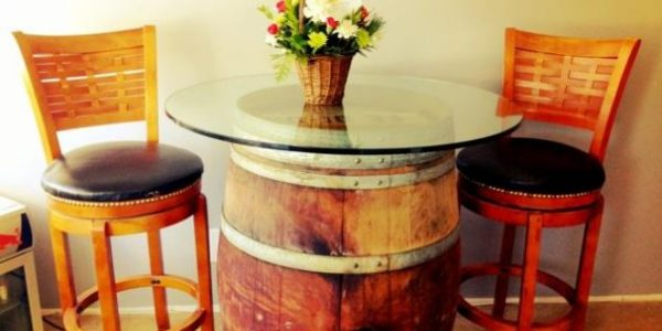 Masa din butoi din lemn