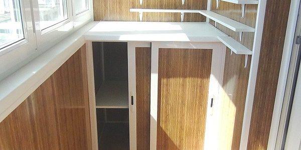 Rafturi mici si dulapuri balcon