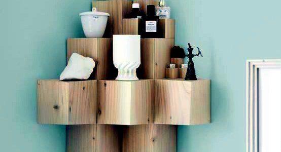 Rafuri colt din cuburi de lemn