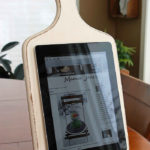 Suport tableta din fund din lemn