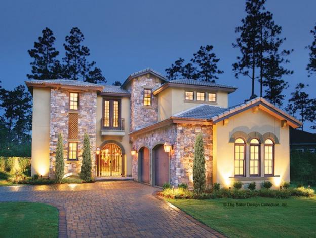 Casa cu mansarda in stil mediteranean