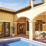 Casa cu terase in stil mediteranean