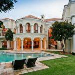 Vila de lux cu piscina