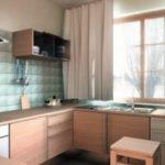 Bucatarie cu mobilier crem